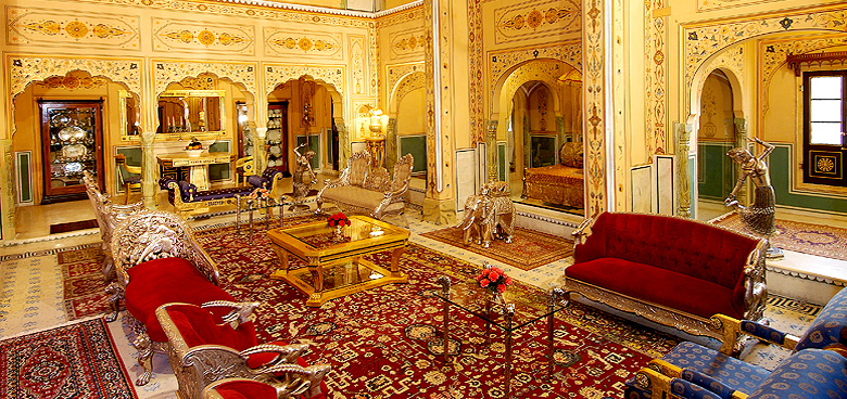 Presidental Suite, The Raj Palace Hotel